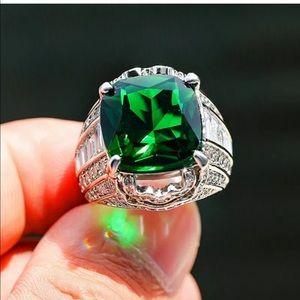 Green Emerald Big Luxury Ring